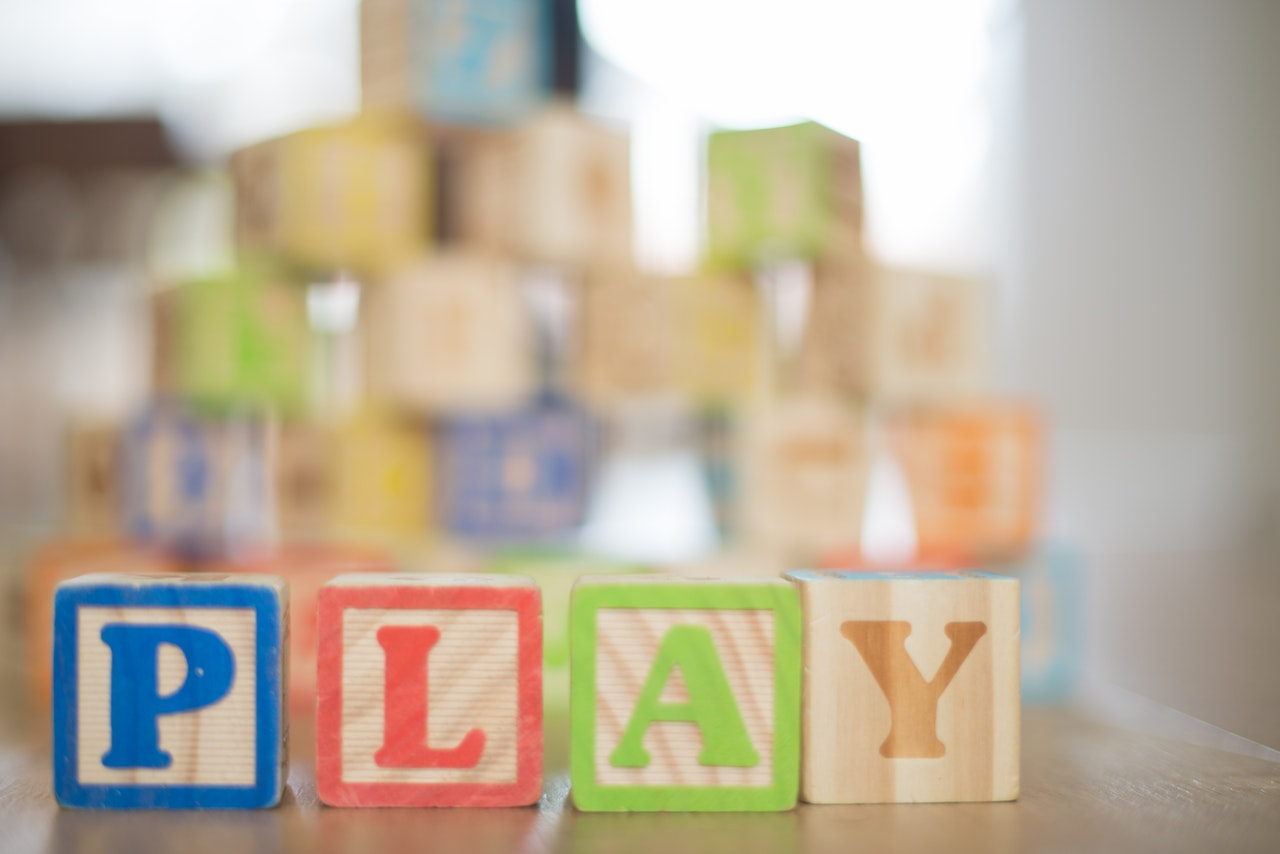 Play tag blocks